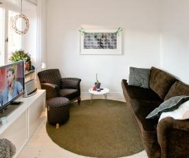 Eklund SUPERB Apartment Center