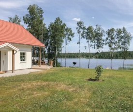 Four-Bedroom Holiday Home in Skillingaryd