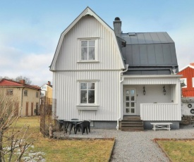Three-Bedroom Holiday Home in Karlstad