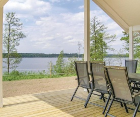 Three-Bedroom Holiday Home in Bolmso