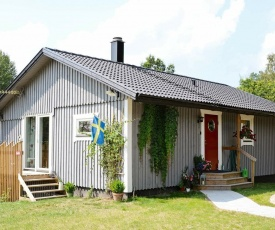 Two-Bedroom Holiday home in Ryssby
